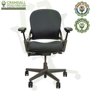 Remanufactured Steelcase 462 V1 Leap Chair with Midnight Frame 001