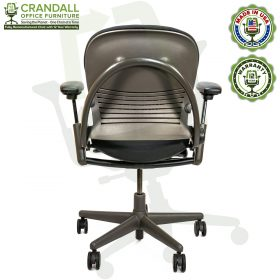 Remanufactured Steelcase 462 V1 Leap Chair with Midnight Frame 006
