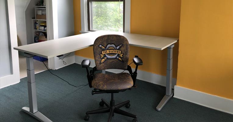 Crandall Office Diatribe Custom Chair 03